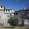 قلعة فيسكونتيو