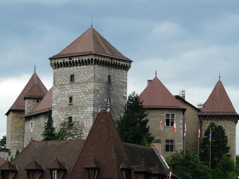 قلعة آنسي أنِسي صور   موقع   عنوان   احداثيات   أسعار