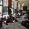 مطعم ليتر اند وينجر