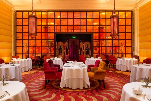 في لندن مطعم سكيتش Zr3QV